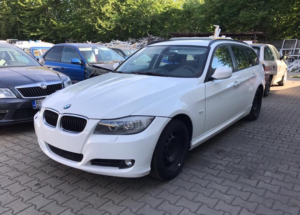 BMW biele
